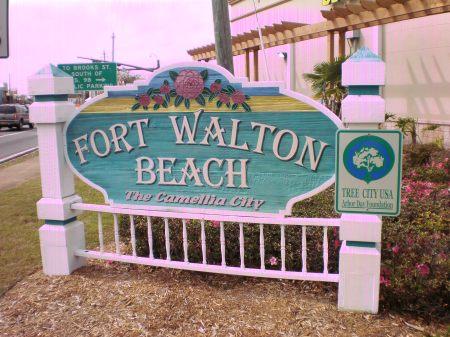 fort-walton-beach-sign-0151