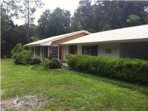 921 Chestnut Ave E Crestview FL Bank REO now sold