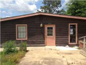 VIOLET just listed REO Defuniak Springs
